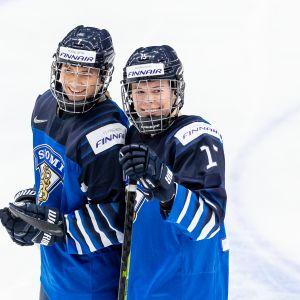 """Nelli Laitinen, Minnamari """"Minttu"""" Tuominen"""