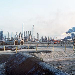 Aramcon öljynjalostamo Saudi-Arabiassa.