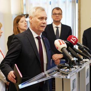 Anna-Maja Henriksson, Li Andersson, Antti Rinne, Juha Sipilä ja Pekka Haavisto