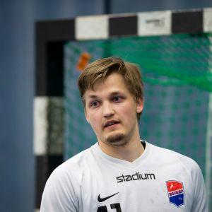 Mikael Mäkelä, käsipallomaajoukkueen maalivahti