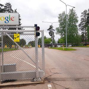 Googlen palvelinkeskuksen portti