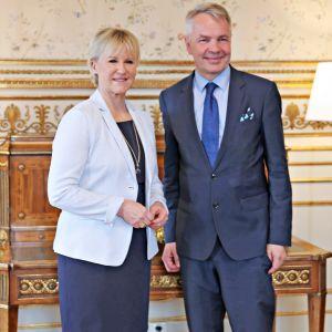 Ulkoministerit Margot Wallström ja Pekka Haavisto tapasivat Tukholmassa 11. kesäkuuta 2019.