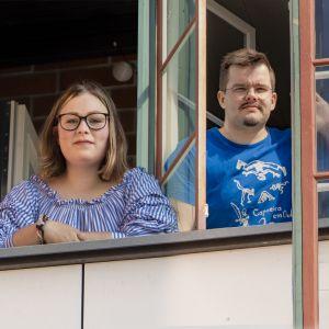 Jonna Mäkinen ja Antti Tauriainen.