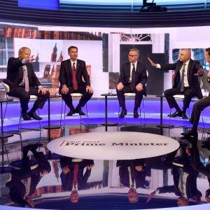 Brittikonservatiivien pääministeriehdokkaat väittelivät BBC:n tentissä.