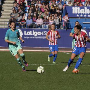 Barcan ja Atleticon naiset pelaamassa vastakkain vuonna 2016.