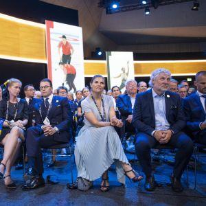 Ruotsin delegaatioon kuuluivat muun muassa kruununprinsessa Victoria ja jääkiekkolegenda Peter Fosberg.