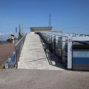 Merikeskus Vellamon kävelyramppi