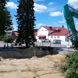 Vanhan keskussairaalan ympäristössä Seinäjoella ovat käynnissä massiiviset rakennustyöt (kesä 2019).