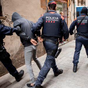 Barcelonassa poliisi on tehostanut toimintaa katuryöstöjä tehtailevia jengejä vastaan. Kuva elokuulta 2018.
