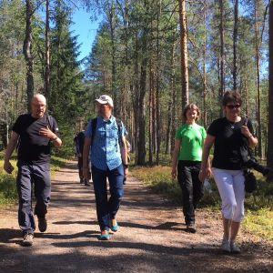 Kansainväliset UNESCOn arvioitsijat ja suomalainen isäntäväki tutustuivat Lauhanvuori-Hämeenkangas Geopark -alueeseen 22.-26.7.2019