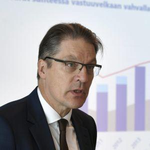 Toimitusjohtaja Risto Murto työeläkeyhtiö Varman puolivuosikatsauksessa Helsingissä 16. elokuuta.