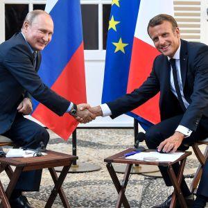 Ranskan presidentti Emmanuel Macron ja Venäjän presidentti Vladimir Putin tapasivat 19. elokuuta.