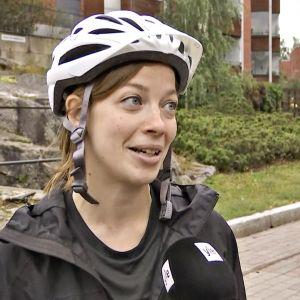 Li Andersson Ylen suorassa tv-haastattelussa keskiviikkoaamuna 21. elokuuta 2019.