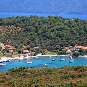 Näkymä Posidonioon Samoksen saarella, Turkki taustalla.