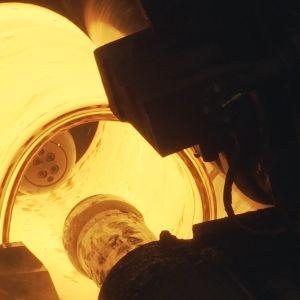 Terästä tehdään SSAB:n Raahen terästehtaan nauhavalssaamolla.