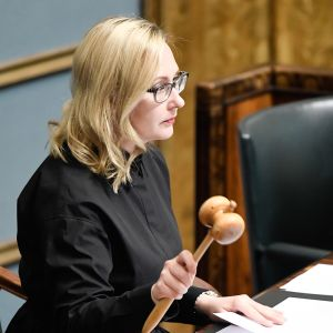Maria Lohela eduskunnassa vuonna 2017.