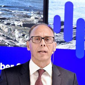 Nordea Bank Oyj:n uusi konsernijohtaja Frank Vang-Jensen tiedotustilaisuudessa Helsingissä torstaina.