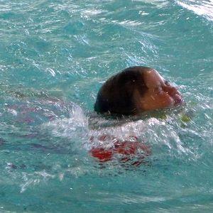 Uimari, lapsi uimassa, uimahalli