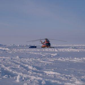 Helikopteri pohjoisnavalla
