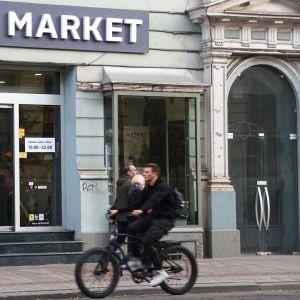 Alkomarket kuvattuna Latviassa.