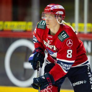 Ville Varakas, HIFK-puolustaja