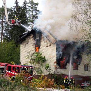 Tulipalo Jämsän Hartusvuoressa.