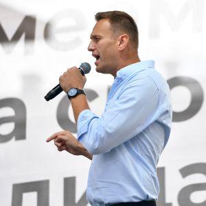 Alexei Navalnyi puhumassa 20. heinäkuuta.