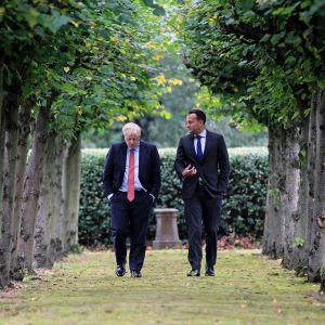 Leo Varadkar ja Boris Johnson