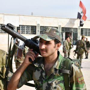 Syyrialaisia sotilaita Manbijin kaupungissa 15. lokakuuta.