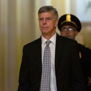 Yhdysvaltain Ukrainan-lähettiläs William Taylor saapui suljettujen ovien takana tapahtuvaan kuulemiseensa lokakuun 22. päivä.