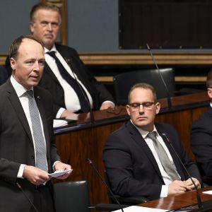 Perussuomalaisten puheenjohtaja, kansanedustaja Jussi Halla-aho puhuu eduskunnan suullisella kyselytunnilla Helsingissä 26. syyskuuta 2019.