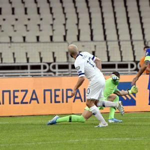 Teemu Pukki vei Suomen 1–0-johtoon 27. minuutilla.