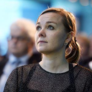 Keskustan puheenjohtaja, elinkeinoministeri Katri Kulmuni EK:n syyskokouksen seminaarissa Helsingissä 20. marraskuuta