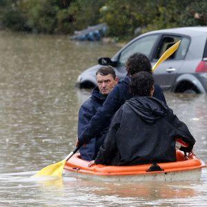 Le Muyn kadut ovat veden vallassa rankkasateiden jälkeen 24. marraskuuta.