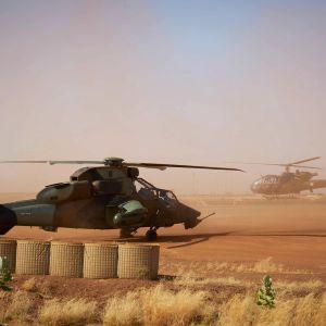 Helikopteri Ranskan armeijan tukikohdassa Gaossa, Malissa.