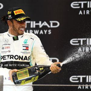 Lewis Hamilton voitti Abu Dhabin osakilpailun 1.12.2019.