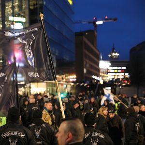 Soldiers of Odin -järjestön edustajia.