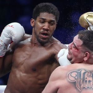 Anthony Joshua lyö Andy Ruizia.