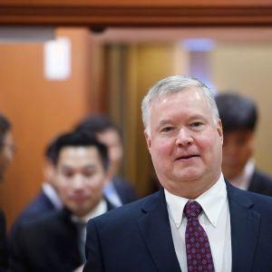 Stephen Biegun vierailulla Etelä-Koreassa maanantaina.
