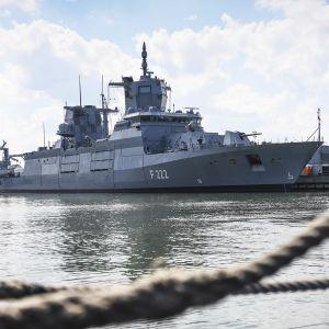 Saksalainen fregatti Baden-Württemberg.