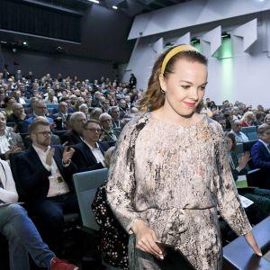 Keskustan puheenjohtaja Katri Kulmuni keskustan politiikka-ja toimintapäivillä Helsingissä.