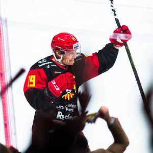 Veli-Matti Savinainen