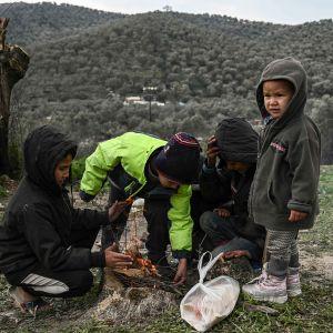 Lapsia  Morianin pakolaisleirillä Lesboksella 21. tammikuuta 2020.