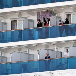 Karanteenissa olevia matkustajia Diamond Princess -aluksella Jokohamassa