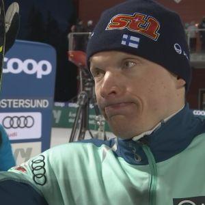Iivo Niskanen Ylen haastattelussa Östersundissa 2020