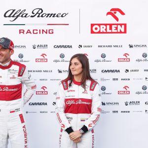 Alfa Romeon testikuljettajat Robert Kubica ja Tatiana Calderon.