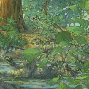 Piirros matalassa vedessä selällään makaavasta dinosauruksen poikasesta, sitä katselevasta aikuisesta ja kolmesta taustalla kävelevästä sisaruksesta.
