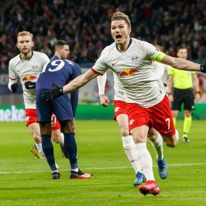 RB Leipzigin Marcel Sabitzer juhlii maaliaan Tottenhamia vastaan.