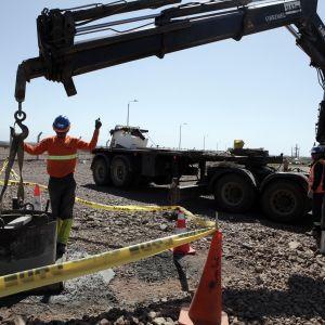 Maanmuokkaustöitä tehdään UPM:n tehdasalueella