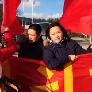 Jenni Chen-ye mielenosoituksessa.